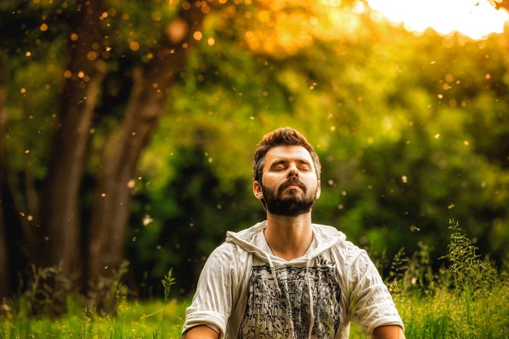 12 зен правила што ќе ви помогнат да се ослободите од напнатоста и да бидете среќни