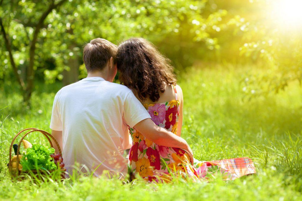 3-те хороскопски знаци кои оваа пролет лудо ќе се вљубат