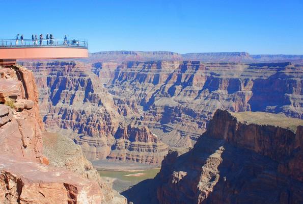 Интернет корисници споделуваат кои туристички атракции не вреди да ги посетите
