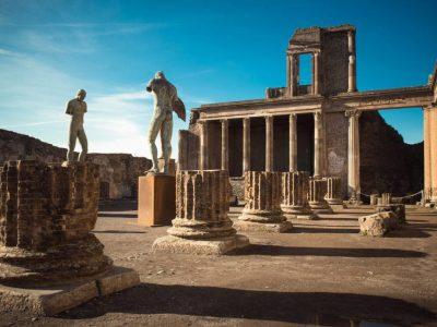 Древни графити во Помпеја кои покажуваат дека се немаме променето многу во 2.000 години