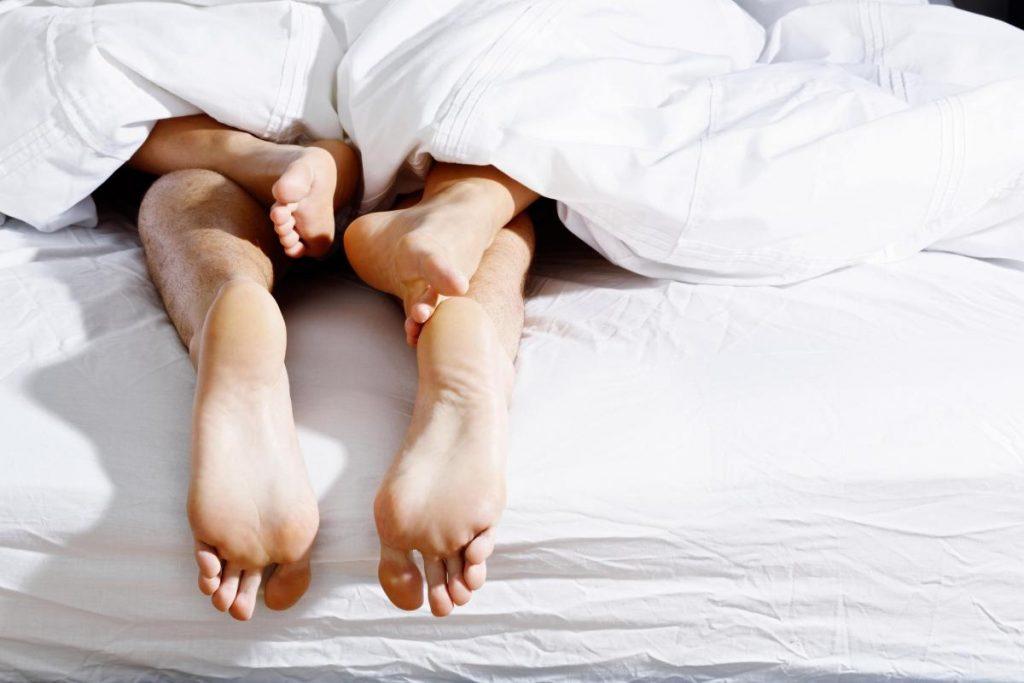 Парови од астрологијата кои одлично се согласуваат во кревет, но не и во врска