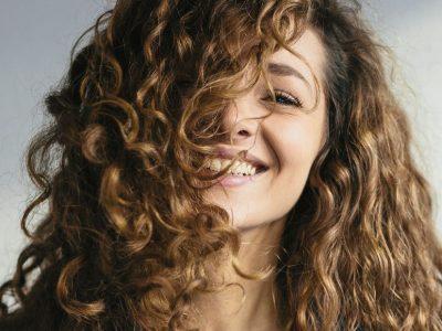 12 трикови за убавина што ги прават Французинките неверојатно шармантни
