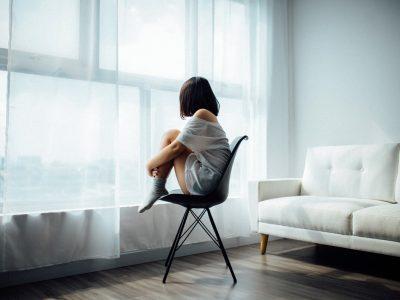 18 начини да престанете да се чувствувате осамено