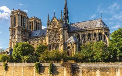 Кратка историја на Нотр Дам, најпознатата катедрала во светот