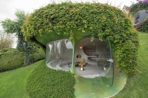 """Неверојатен подземен """"хобитски"""" дом во којшто ќе посакате да живеете"""