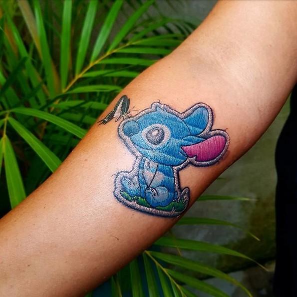 """""""Везени"""" тетоважи: Тренд кој изгледа поинтересно отколку што звучи"""