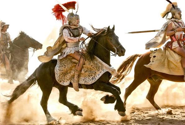 10 историски филмови кои погрешно го прикажале минатото
