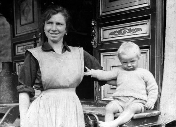 8 митови за животот на нашите баби во кои сè уште веруваме