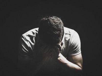 5 нешта што треба да ги направите кога се чувствувате депресивно без причина