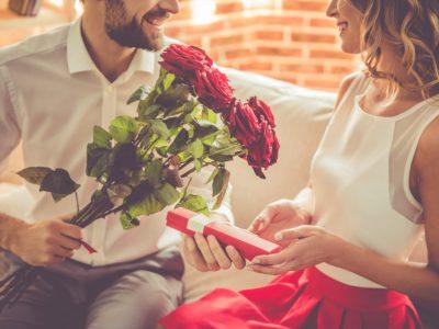 5 убави гестови што мажите ги прават, а жените потајно ги мразат