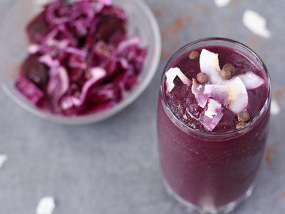 Пијалак од 4 состојки кој ќе ви помогне да се справите со бактериите и киселоста во телото