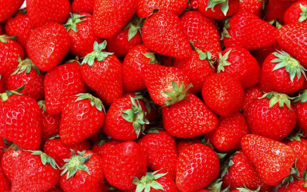 Пролетно овошје кое помага во борбата против ракот на дојката