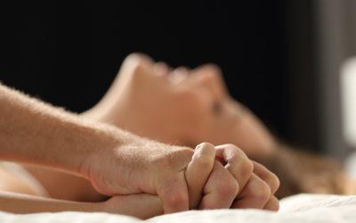 Жените откриваат: Колку долго треба да издржат мажите за време на секс?