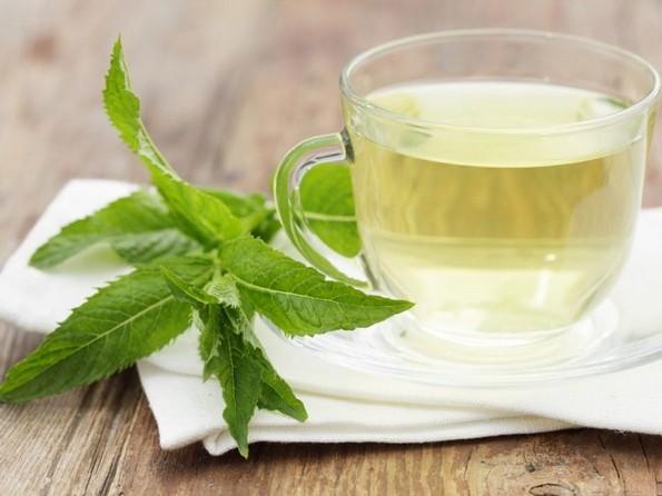 Подготовка за лето: 5 чаеви што ги топат масните наслаги во телото