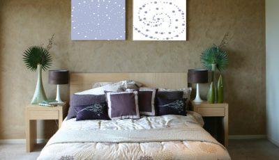 Каде треба да го поставите креветот за добро да се наспиете?