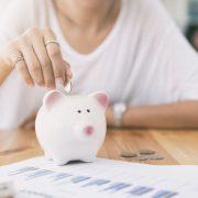 Колкаво е влијанието на парите врз врските?
