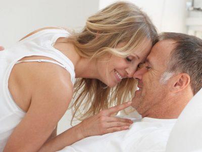 Секс после 40-тите: 5-те најголеми промени во интимноста