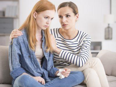 Синдром на искривено огледало: Барање мани и нивно преувеличување