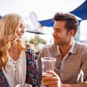 Водич низ машките комплименти: Што всушност тие ни кажуваат?