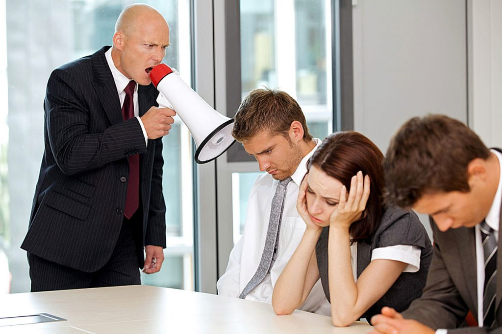 Вработените даваат отказ поради лошите шефови, а не поради работата