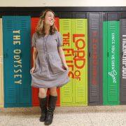 Наставничка 100 дена го носела истиот фустан за да ги научи децата на важна лекција во животот