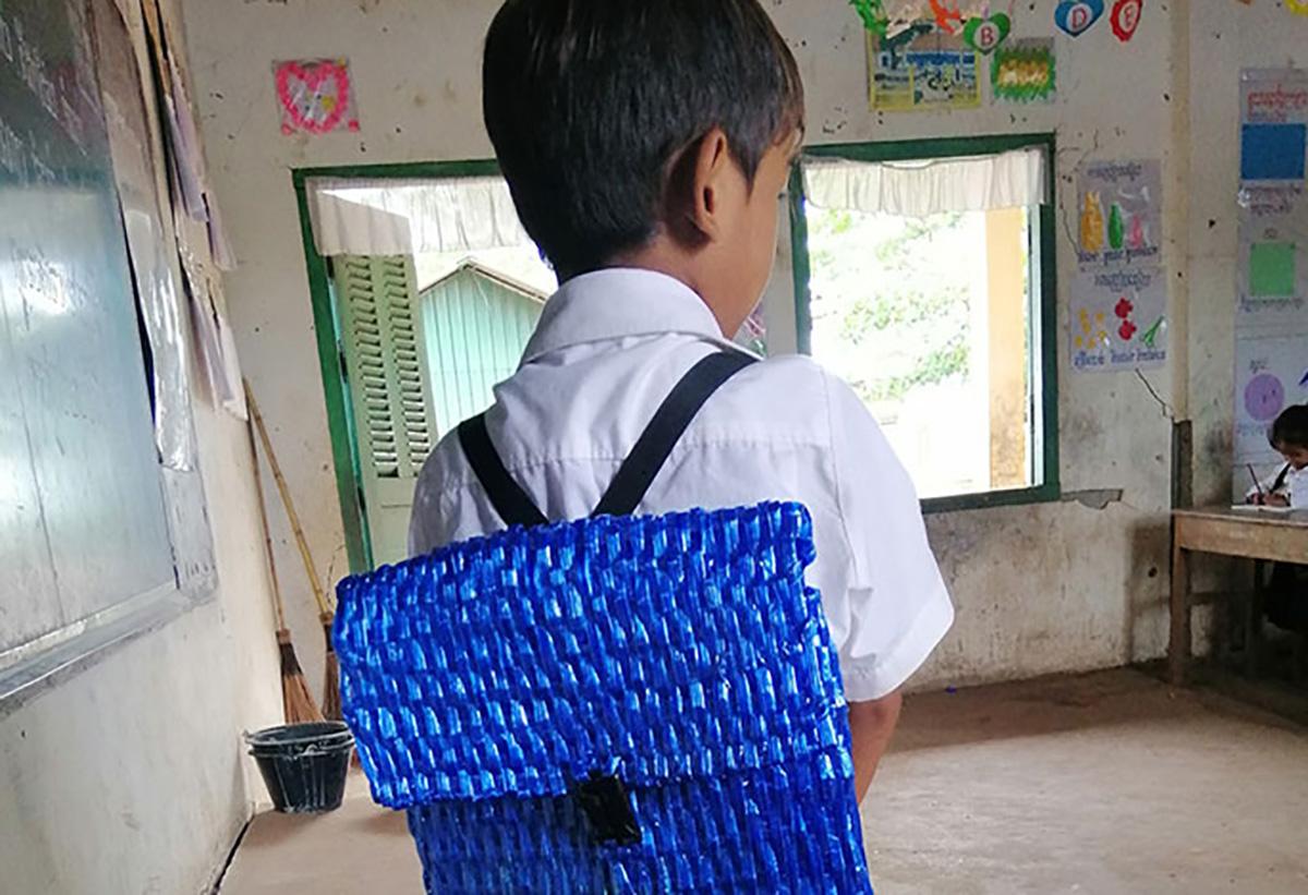 Наставничка споделила фотографии од ранчето кое еден татко го направил за својот син за да заштеди пари