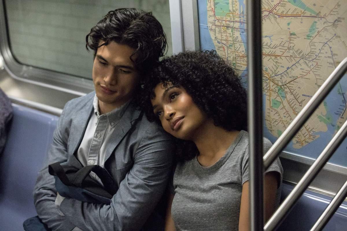 Нови романтични комедии кои ќе ве натераат повторно да верувате во љубовта