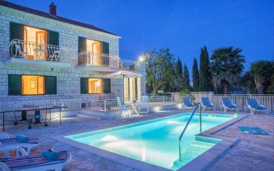 15 најубави базени на хрватскиот брег кои ќе сакате да ги посетите