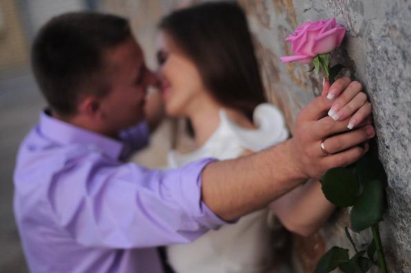 6 треперења на машкото срце коишто тој ги крие од вас: Што сака, а ретко признава?