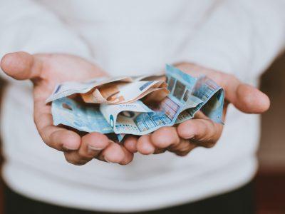 3 знаци што укажуваат дека ќе станете милионер: Проверете дали ве очекува богатство во иднина