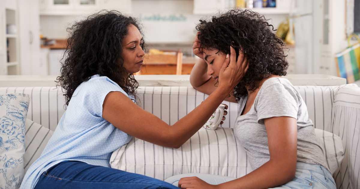 5 совети за да ги научите тинејџерите да го засакаат своето тело