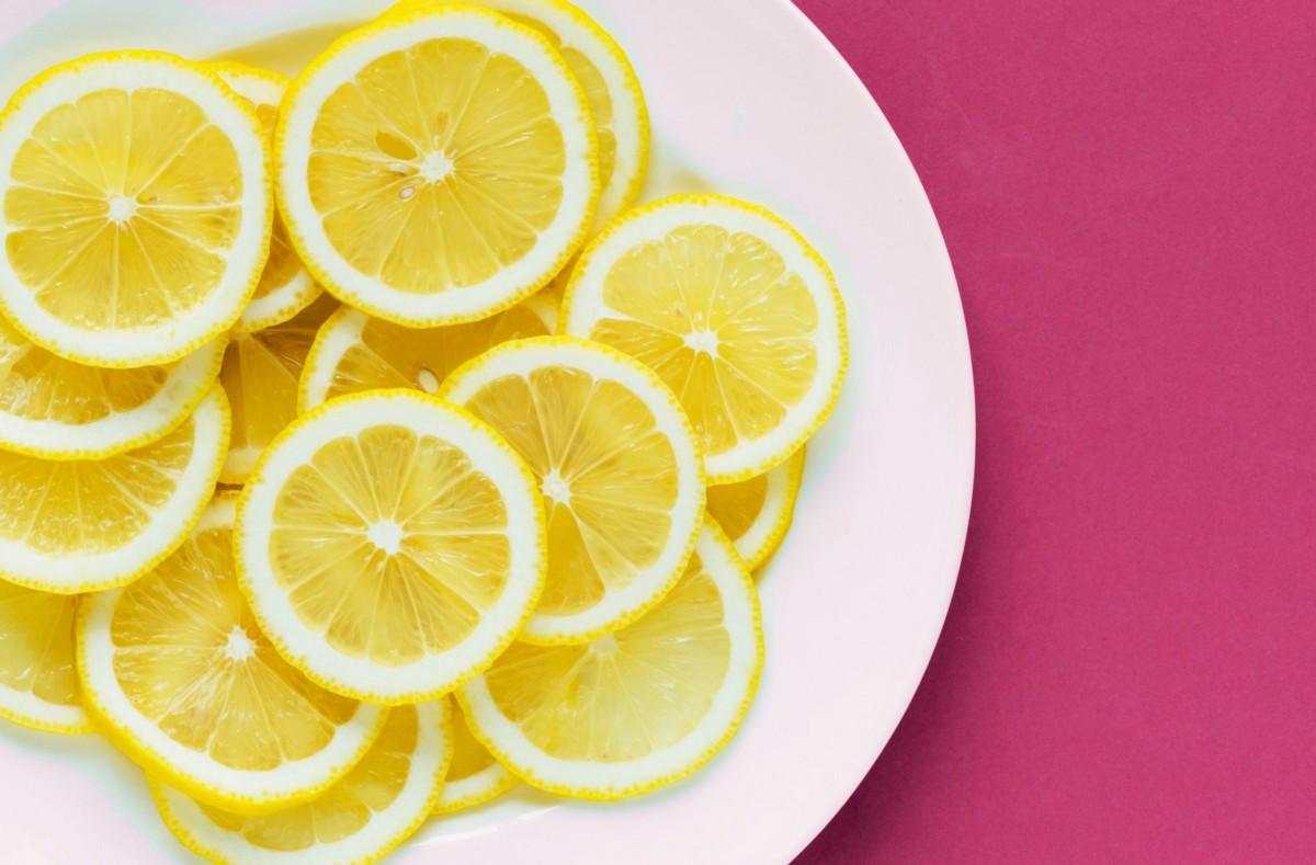 6 причини зошто треба почесто да користите лимон во исхраната