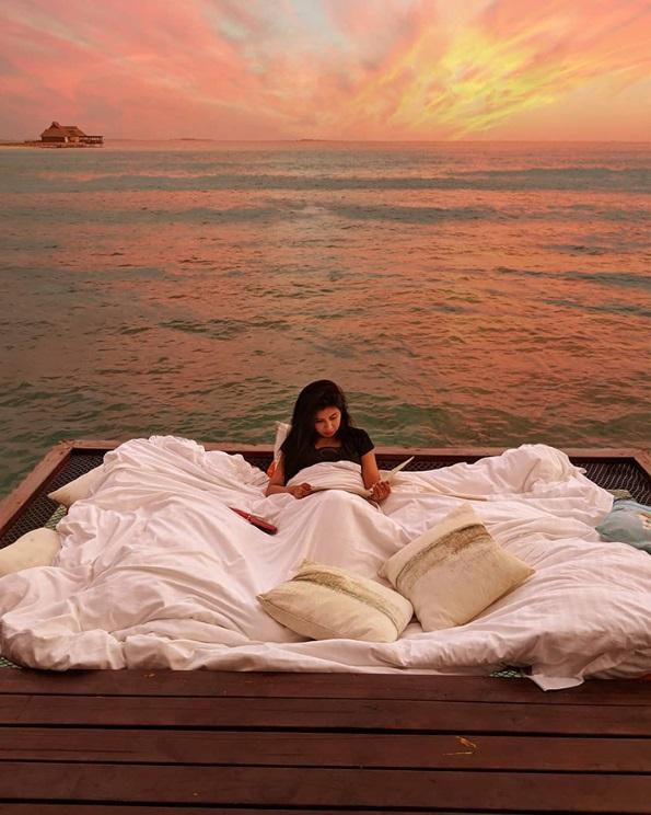 Летувалиште на Малдиви кое ви овозможува да спиете под ѕвездите и над океанот
