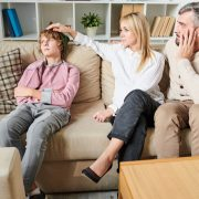 7 разлики помеѓу мудриот и обичниот родител