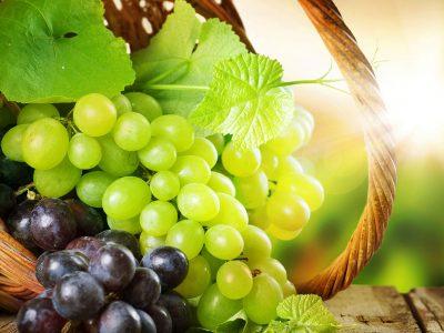 Бело или црно грозје – Кое е поздраво?