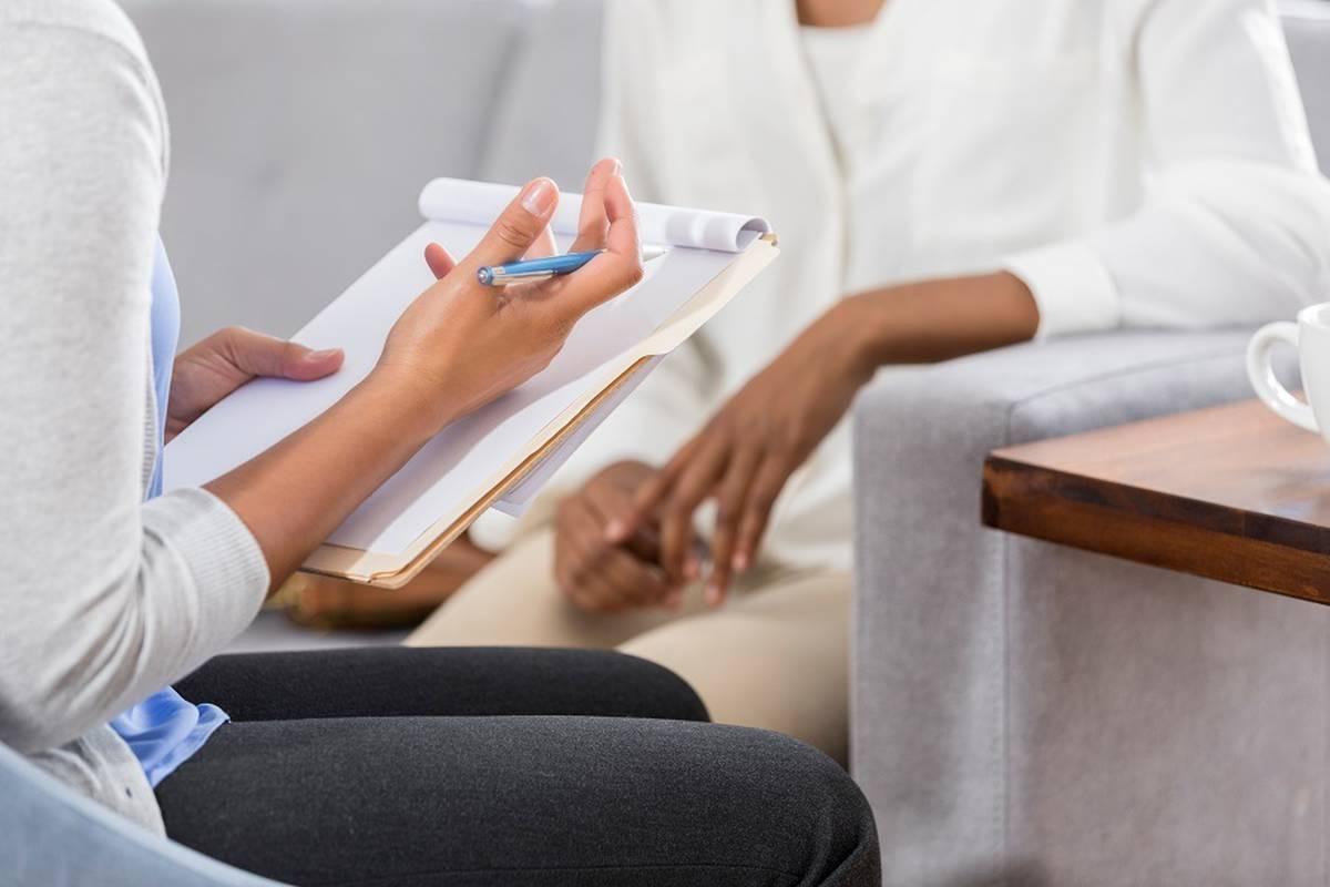 Психолог, психотерапевт, психијатар или советник, каде да се обратите за помош?
