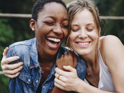 Што им е поважно на жените –пријателките или дечкото?