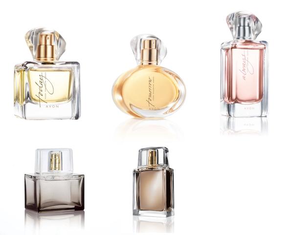15 години успешна мирисна приказна: Најпродаваниот мирисен бренд од AVON со јубилејни новитети ТТА Celebrate за НЕА и за НЕГО!