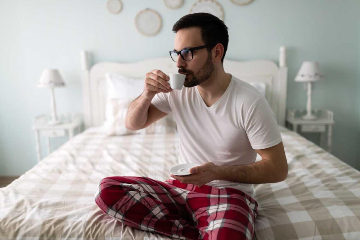 Во што спие вашиот партнер? Тоа ќе ви открие нешто за неговиот карактер…