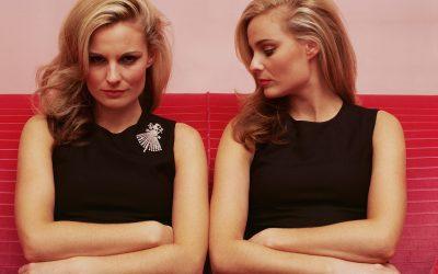 Односот помеѓу сестрите не е секогаш совршен. Зошто е тоа така?