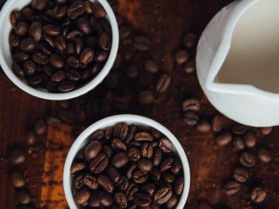 Какви се луѓето кои сакаат силно кафе