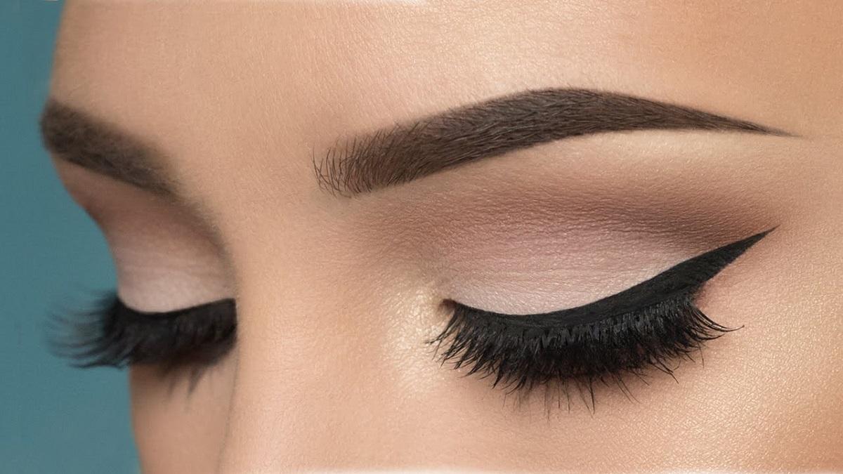 Грешки во шминкањето кои ги прават жените со зелени очи