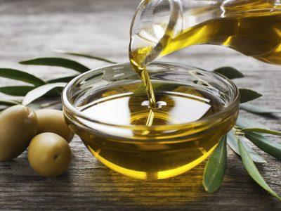 Маслиновото масло и слабеењето: Најголема заблуда поради која не губите килограми