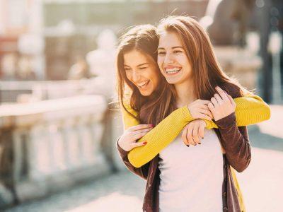 Седум ситуации во кои пријателката треба да ви биде поважна од партнерот