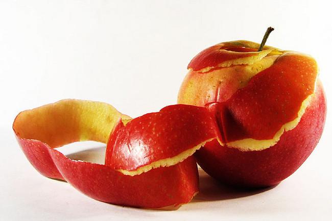 Како да ги искористите остатоците од овошјето и зеленчукот