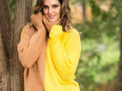 Звучи лудо, но ако го ставите вашиот џемпер во замрзнувачот на една ноќ, резултатот ќе ве воодушеви: Тоа го решава најголемиот зимски проблем!
