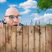 (3)Како да се справите со соседите-шпиони?