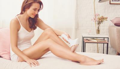 Започнете ново пријателство со Philips Lumea, за мазна кожа без влакна, и до 6 месеци!