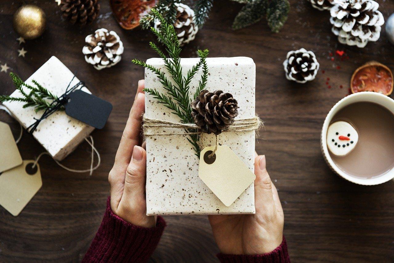 Рустично украсување на подароци