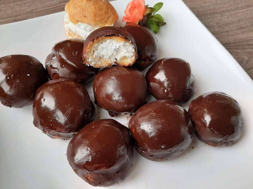 Десерт за денес: Бабини профитероли